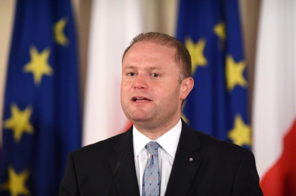 Maltanın baş naziri istefa verdi
