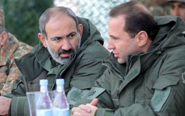 Ermənistanın müdafiə naziri istefa verdi