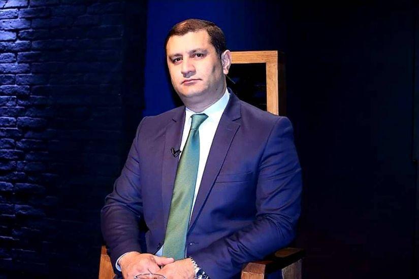 Kəlbəcərli jurnalistin 27 il qoruduğu şəkil - FOTO | AzPolitika — onlayn  siyasi-ictimai qəzet
