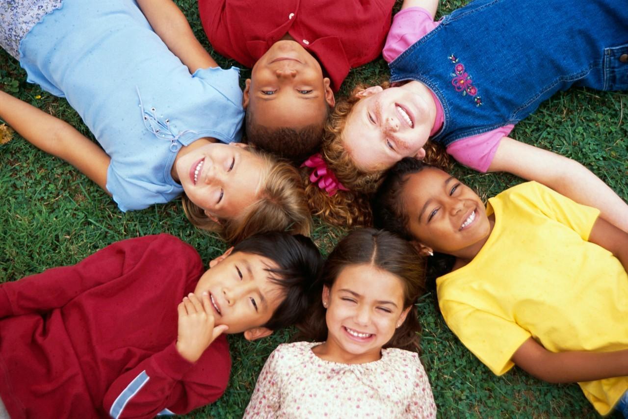 - Uşaqların Beynəlxalq Müdafiəsi günüdür