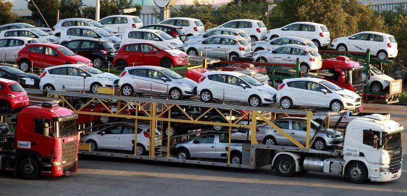 Türkiyədən avtomobil idxalını artırıb