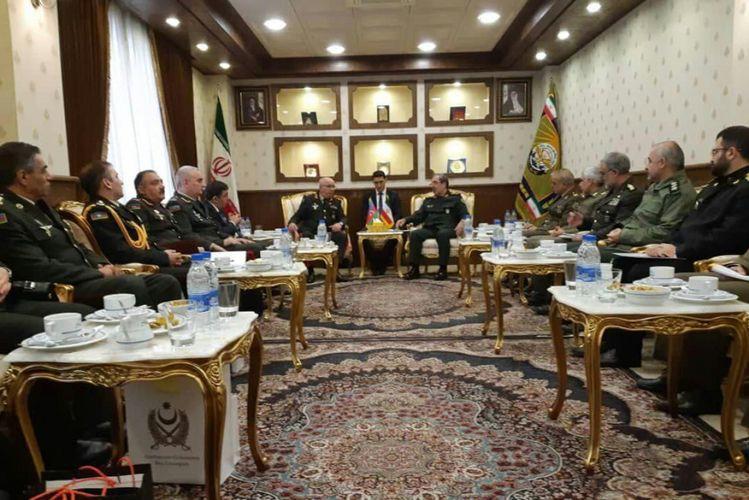 İran-Azərbaycan hərbi komissiyasının iclası keçirilib