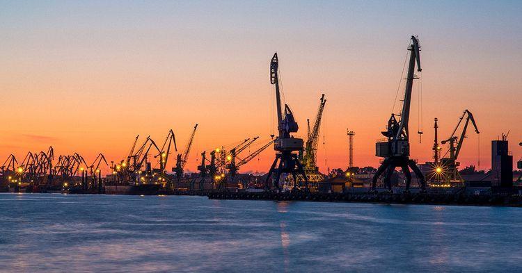 - Belarusa ilk neft partiyasını göndərib